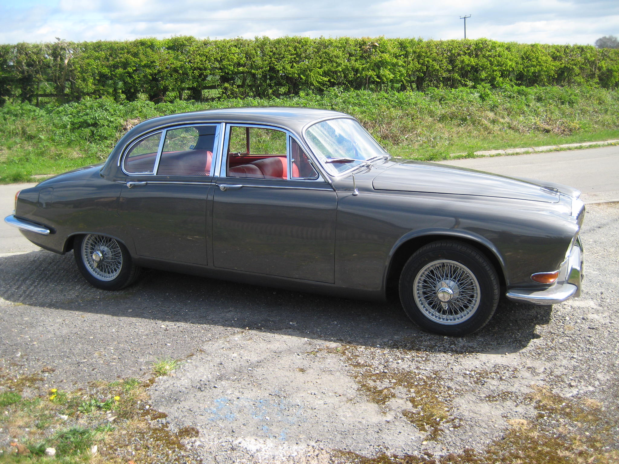 1967 Daimler Sovereign 420 Manual This car is now sold | Valley Cars ...