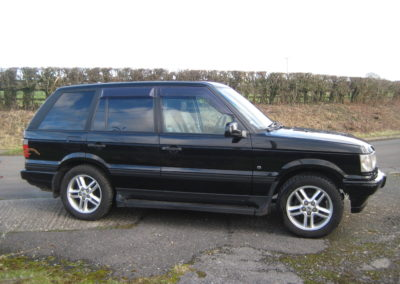 2000 Range Rover 4.0V8 SE Auto.. Just Arrived will be ready for sale soon.