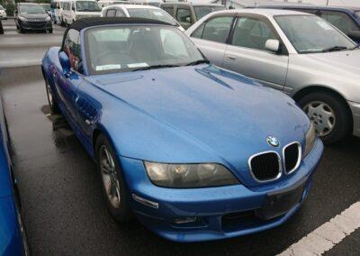 2000 BMW Z3 2.0 Auto Roadster. Individual Spec Car in Estoril Blue Metallic