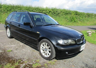 2004 BMW E46 318 Touring In Black with Leather interior 52800 miles Due in at the beginning of July