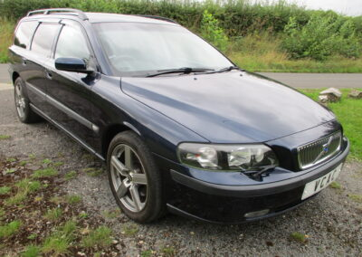 2004 Volvo V70 2.5T AWD Estate Automatic done just 32000 Miles Due in August  Rare low mileage car.SOLD