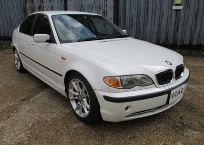 2004 BMW 330 SE Saloon Automatic. 22500 Miles.£6000. Simply Stunning .